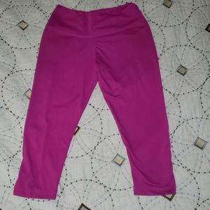 Pink crop leggings size small